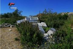 Discarica abusiva a Ceglie del Campo, denunciato 48enne intento a bruciare rifiuti