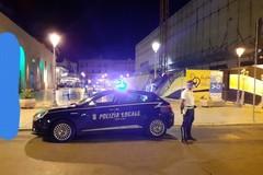 Controlli a tappeto della polizia locale a Bari, oltre 200 multe