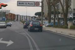 Picchiato in casa davanti al nipote minorenne, 9 arresti nel clan Strisciuglio a Bari