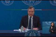 Decreto Draghi: novità per matrimoni, palestre e centri commerciali. Ecco cosa prevede