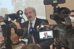Scuola in Puglia, Emiliano: «Vaccinare gli studenti per ripartire in sicurezza»