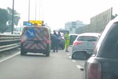 Bari, doppio incidente in tangenziale verso Nord, traffico in tilt
