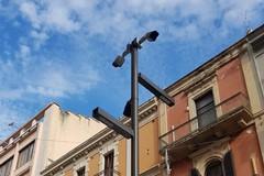 Via Sparano, installate le prime telecamere. Altoparlanti in funzione entro la prossima settimana