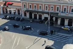 Parcheggiatore abusivo irregolare minaccia i carabinieri, denunciato