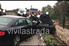 Castellana, scontro fra auto su via Selva di Fasano. Muore una 59enne