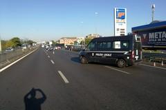 Scontro tra auto sulla tangenziale di Bari, due feriti in codice giallo