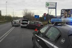 Scontro fra auto in zona depuratore, traffico rallentato in viale Europa