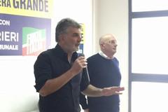 Forza Italia scende tra gli elettori, inaugurato a Bari il primo infopoint
