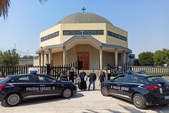 Emergenza Coronavirus, la polizia locale di Bari consegna beni di prima necessità