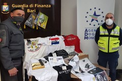 Scarpe, vestiti e giocattoli contraffatti, sequestri al porto di Bari