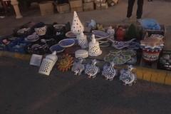 Venditore abusivo occupava la rotatoria di Santa Caterina, mille euro di multa