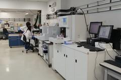 Bari, un microscopio robotizzato e il 5G per diagnosticare meglio i tumori