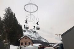 Bari protagonista ai mondiali di sci alpino, grazie alle ballerine volanti di Elisa Barucchieri