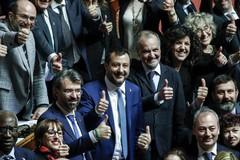 La legittima difesa è legge. Salvini: «Un gran giorno per l'Italia»