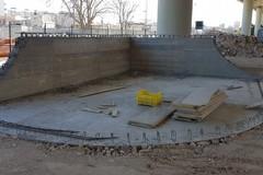 Prende forma lo skatepark del ponte Adriatico, arrivate le prime rampe