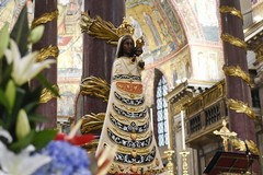 La Madonna di Loreto pronta a sbarcare all'aeroporto di Bari