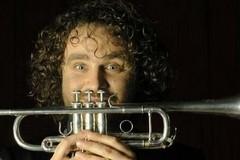 Orchestra metropolitana di Bari, concerto omaggio ai Led Zeppelin con Marco Pierobon