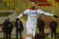 Kanoute risponde ad Antenucci. Fra Catanzaro-Bari è 1-1: ultima partita prima dello stop
