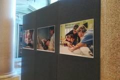 Bari, nel colonnato della Città metropolitana una mostra fotografica sulle malattie rare