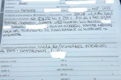 Lancia una sigaretta dal finestrino dell'auto, scatta la multa da 100 euro