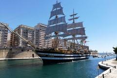 La nave Vespucci torna in Puglia, l'impresa velica a Taranto in collaborazione con il PoliBa