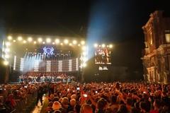 """Vendevano droga al concertone """"Notte della Taranta"""", presi due stranieri residenti a Bari"""