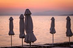 La fase due dei lidi in Puglia, distanza minima fra ombrelloni di 3,4 metri