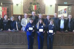 Barion, tre giovanissimi premiati in Comune
