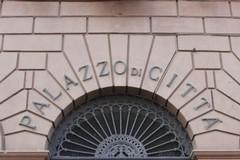 Duecento dipendenti in pensione con quota 100, il Comune di Bari corre ai ripari