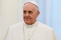 """Papa Francesco sul mare di Puglia:""""Il più azzurro che abbia mai visto"""""""