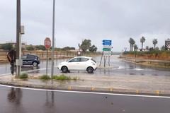 Temporale su Bari, strade allagate al San Paolo e sottopassi chiusi
