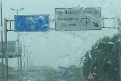 Bari, la pioggia fa le prime vittime, incidente ai curvoni di Palese