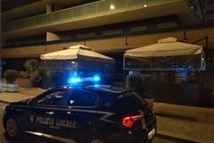 Tenta di rubare un'auto in centro a Bari, fermato 34enne