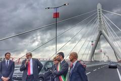 Il Ponte Adriatico si tinge di blu