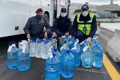Bari, trasporta 500 litri di grappa senza autorizzazione: sanzionato
