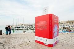 Cinque libri giganti sul Porto di Trani: l'iniziativa per il Premio Fondazione Megamark – Incontri di Dialoghi