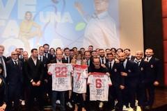 A Bari l'anteprima del nuovo film di Verdone, in sala anche i calciatori biancorossi