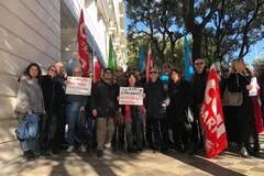 Crisi Popolare di Bari, il presidio dei lavoratori in corso Cavour