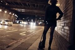 Sequestra e violenta una prostituta, arrestato 41enne a Bari