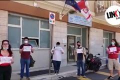 La protesta di Link sotto la sede di Adisu Puglia