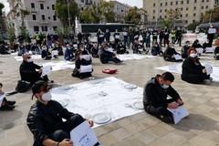 I ristoratori scendono in piazza a Bari: «Abbiamo investito in sicurezza, lo Stato ci aiuti»