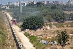 Ancora roghi di rifiuti nelle campagne del Municipio IV, intervengono i vigili del fuoco