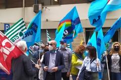 A Bari lo sciopero del personale scolastico, i sindacati: «Servono più garanzie»