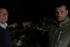 Sabato sera 'alternativo' per il sindaco, viaggio tra i rifiuti abbandonati a Santa Rita
