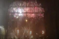 Bari, i fuochi d'artificio salutano la Fiera del Levante