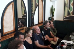 """Carlo Verdone presenta a Bari il film """"Si vive una volta sola"""""""