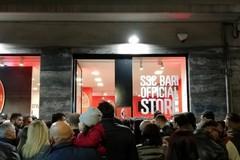 La SSC Bari presenta il calendario ufficiale 2020, appuntamento nello store di corso Cavour
