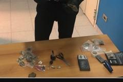 Bitritto, in casa con hashish e marijuana. Arrestato 39enne