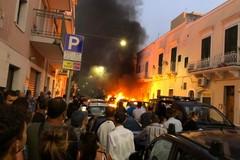 Monopoli, veicoli a fuoco in via Cadorna