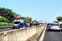 Incidente sulla statale 16 a Bari, code direzione Sud